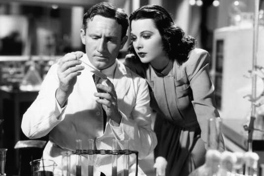 L'actrice Hedy Lamarr avec Spencer Tracy dans « Cette femme est mienne» («I Take This Woman»), de W. S. Van Dyke (1940).