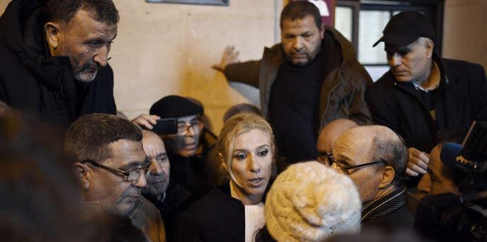 L'avocateClélie de Lesquen-Jonas à la Cour d'appel de Paris, le 31 janvier 2018, après la victoire de plus de huit cents chibanis contre leur ancien employeur, la SNCF.