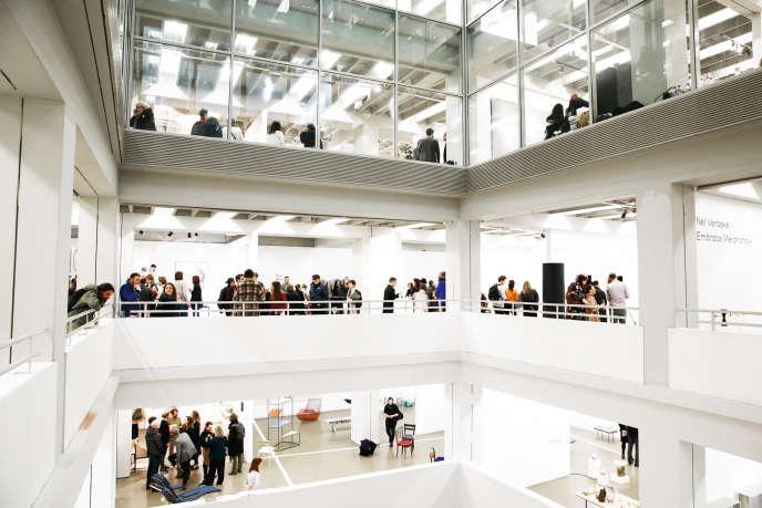 Pendant quatre jours, Collectible, dont la première édition a eu lieu en mars, a présenté des pièces de design de collection au Vanderborght, un bâtiment moderniste à Bruxelles.