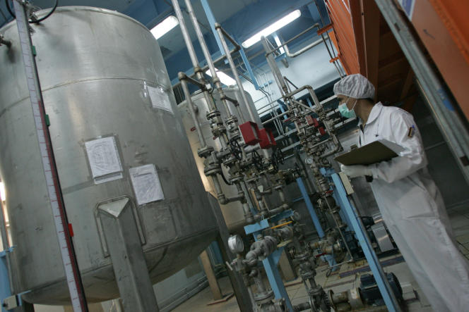 Une usine d'enrichissement d'uranium, au sud de Téhéran, en2007.