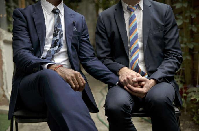 La Cour avait été saisie par la justice roumaine, qui doit trancher sur la situation d'un couple homosexuel roumano-américain. En 2012, les deux hommes (icic en photo à Bruxelles en 2016) avaient demandé à Bucarest la reconnaissance de leur mariage conclu à Bruxelles deux ans plus tôt