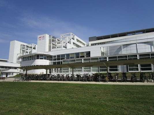 L'université de médecine de Tours.