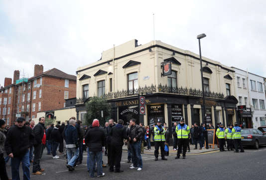 Le Gunners Pub est l'un des lieux de rendez-vous des fans d'Arsenal.