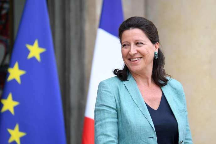 Agnès Buzyn, ministre des solidarités et de la santé, à sa sortie du conseil des ministres, le 6 juin à l'Elysée.