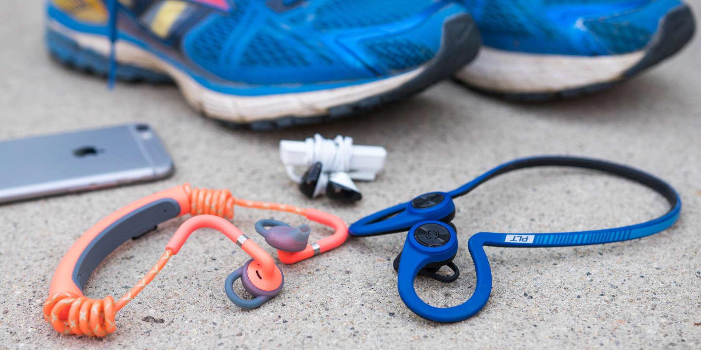 98ee114952 Comparatif : les meilleurs écouteurs Bluetooth pour vos jogging ou votre  sport quotidien