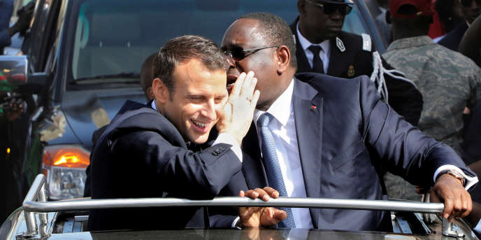 Les présidents français, Emmanuel Macron, et sénégalais, Macky Sall, à Saint-Louis, au Sénégal, le 3février 2018.