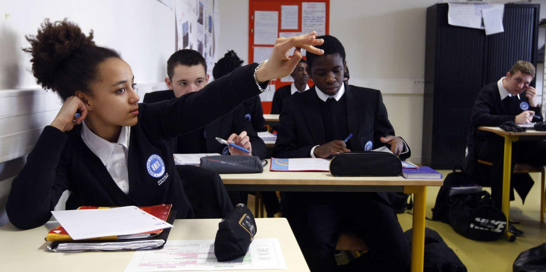 e2b6ad282221cb Quatre questions sur l'uniforme à l'école