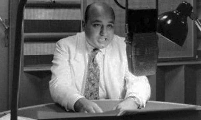 Ahmed Saïd au micro de la radio Sawt Al-Arab (Voix des Arabes).