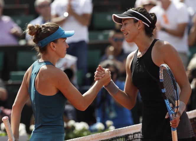 Battue en demi-finale par Simona Halep, Garbine Muguruza fait de la Roumaine sa favorite pour le titre à Roland-Garros.