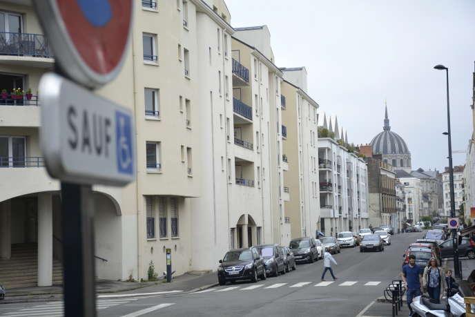 Dans le centre-ville de Nantes, ville réputée pour ses initiatives en faveur de l'accessibilité, le 6 juin 2018.