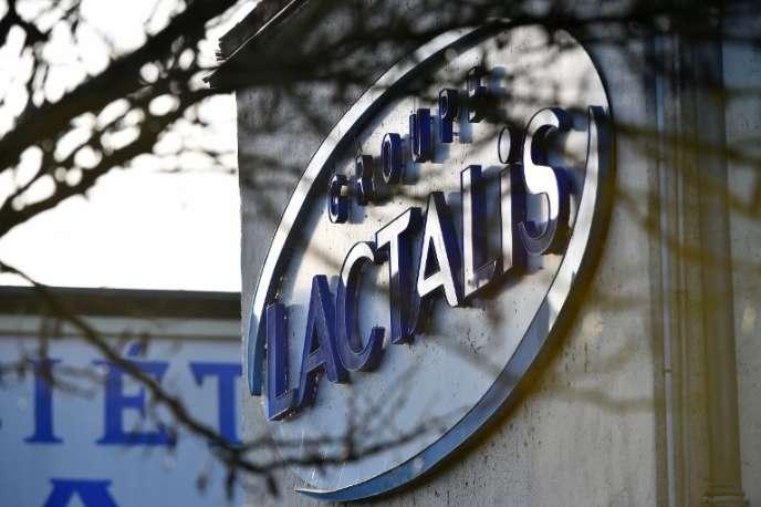 Le siège du groupe Lactalis, à Laval, est perquisitionné le 17janvier 2018.