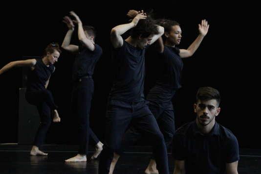 « A New Landscape», un spectacle pour dix interprètes chorégraphié par Hervé Robbe.