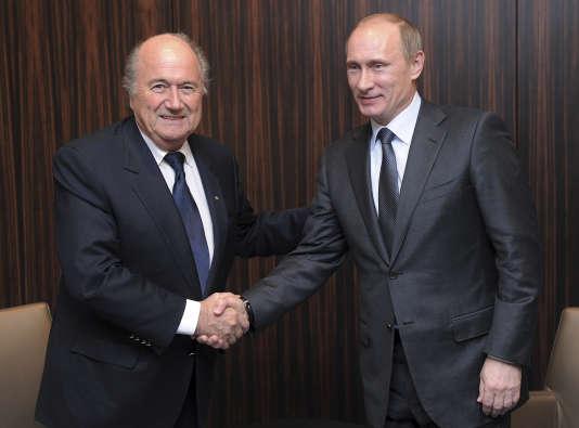 Sepp Blatter et Vladimir Poutine, le 2 décembre 2010.