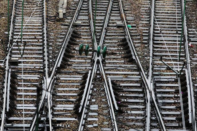 Le groupe industriel Delachaux, qui prépare son introduction en Bourse, fournit des systèmes de fixation pour les rails de chemin de fer, des caténaires, du métal utilisé dans les moteurs d'avions... (photo d'illustration).
