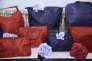Des bagages Lipault exposés pour le 14-Juillet dans le magasin Ladurée de Soho à New York, le 14 juillet 2016.