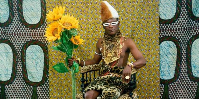 Samuel Fosso : «Le chef, celui qui a vendu l'Afrique aux colons», 1997.