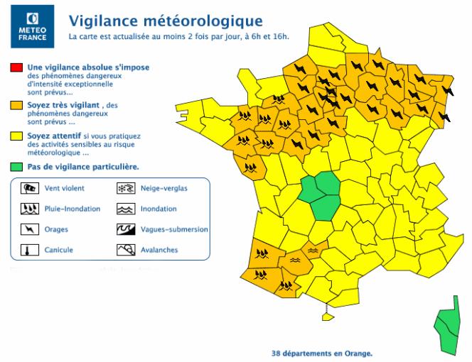 Carte de vigilance météorologique de Météo France, lundi 11 juin à 17h20.
