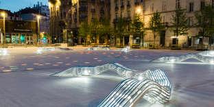 Salon urbain dessiné par Sebastien Wierinck pour Cyria, installé en 2017 sur la place Thiers, à Nancy.