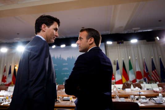 Le premier ministre canadien, Justin Trudeau, et Emmanuel Macron lors du sommet du G7, à La Malbaie (Québec), le 9 juin.