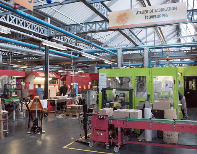 L'entreprise de fabrication d'enveloppes Pochecho, à Forest-sur-Marque (Nord), en avril 2015.