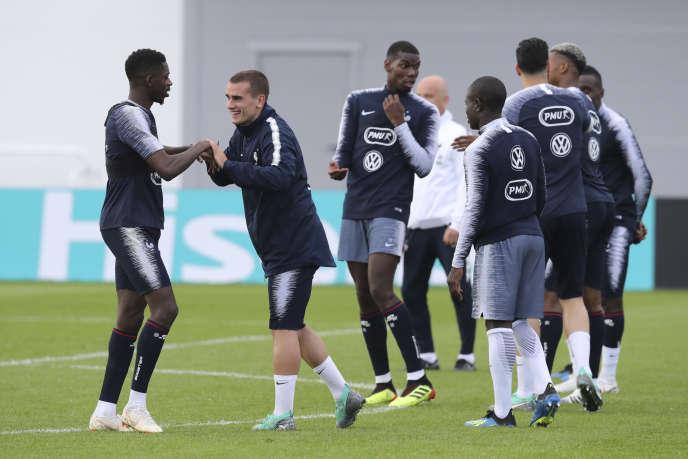 Antoine Griezmann et Ousmane Dembele à l'entraînement le 12 juin.