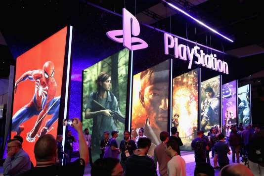 A terme, les consoles de jeu vidéo pourraient être remplacées par des services en streaming à la Netflix, estime Ubisoft.