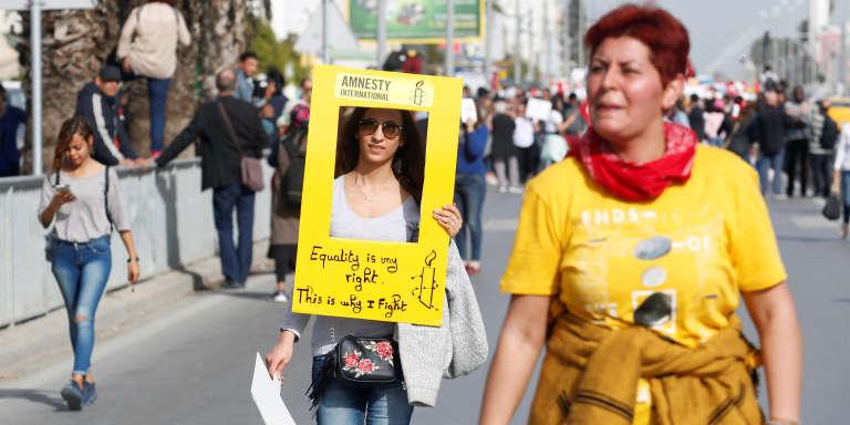 Lors d'une manifestation pour l'égalité successorale, à Tunis, le 10mars 2018.