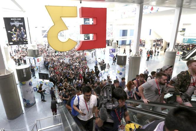 Avis aux nostalgiques, l'E3 en « présentiel»ressemblait à ça. A Los Angeles, le 12 juin 2018.