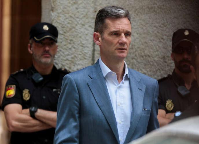 Iñaki Urdangarin, le mari de l'infante Cristina, à la sortie de la cour de Palma de Majorque, le 13 juin 2018.