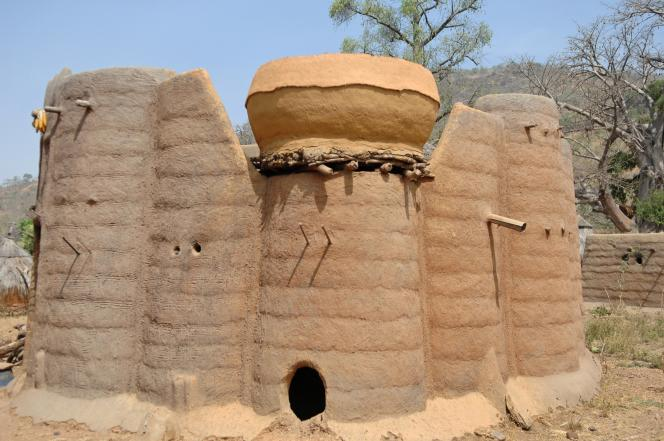 Le paysage de Koutammakou, le pays des Batammariba, dans le nord-est du Togo, est inscrit sur la liste du Patrimoine mondial de l'Unesco depuis 2004.