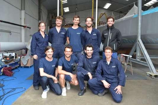 L'équipe de «Plastic Odyssey», à Concarneau, le 11 juin.