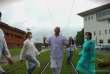 Capture d'écran du clip réalisé par des soignants du CHU de Toulouse et parodiant«Basique», du rappeur Orelsan.