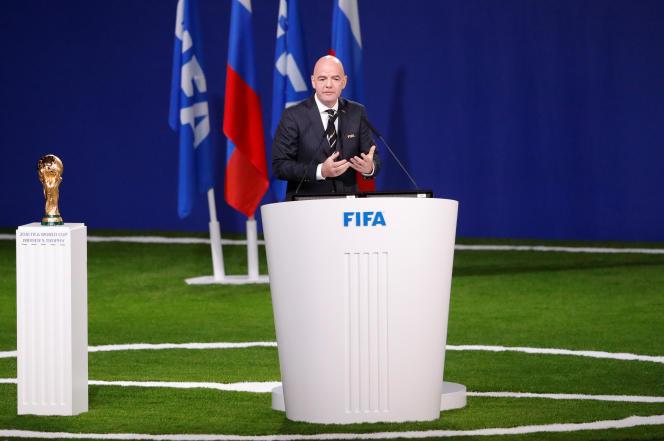 Le président de la FIFA, Gianni Infantino, prononce un discours lors du 68e congrès de la FIFA à Moscou, le 13 juin 2018, avant le vote des fédérations.