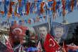 Les portraits de Mustafa Kemal Ataturk et du président Erdogan dans les rues de Yalova (Turquie), lors d'un meeting, le 14 juin.