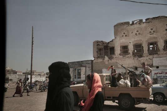 A Mocha, au sud de Hodeïda, le 12 juin. Des patrouilles de lacoalition saoudo-émiratie se préparent à l'assaut contre les rebelles houthistes à Hodeïda.