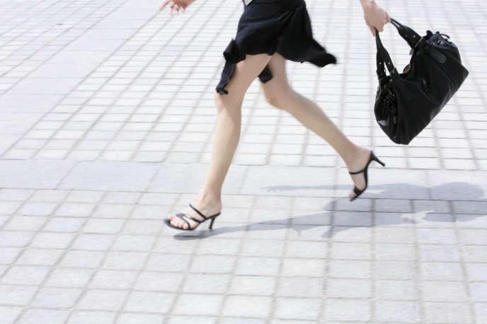 Le Royaume-Uni décide de légiférer sur les photos prises sous les jupes 59170fe51f4