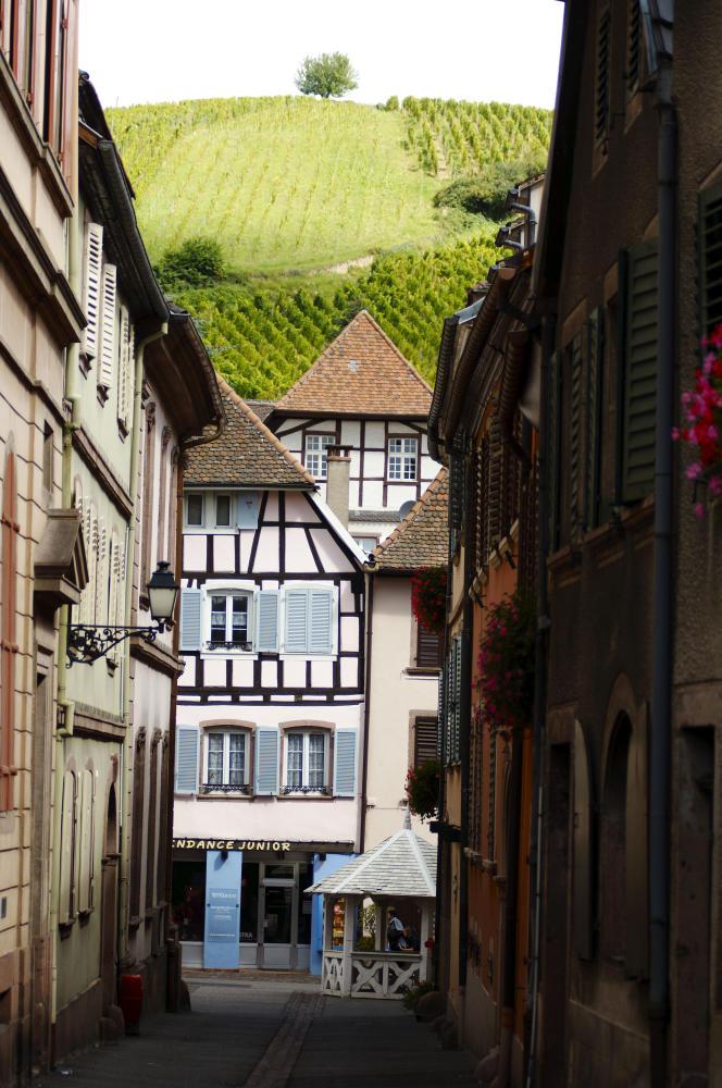 Le pittoresque village de Ribeauvillé (Haut-Rhin).