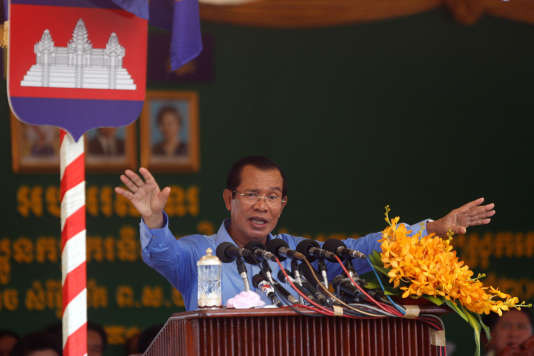 e5711da_HFSCBD07_CAMBODIA-ELECTION-RIGHTS_0614_11.JPG