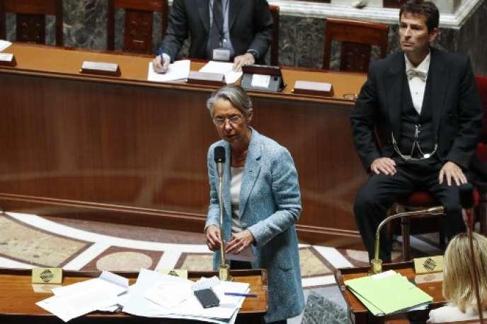 Elisabeth Borne, ministre des transports, le 13 juin, jour du vote de la réforme de la SNCF à l'Assemblée nationale.