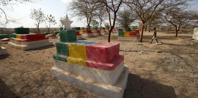 Des tombes de soldats éthiopiens morts au combat entre 1998 et 2000, à Badme, à la frontière avec l'Erythrée.