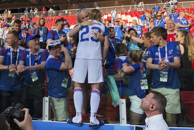 Ari Skulason et ses coéquipiers islandais ont tenu en échec l'Argentine samedi à Moscou.