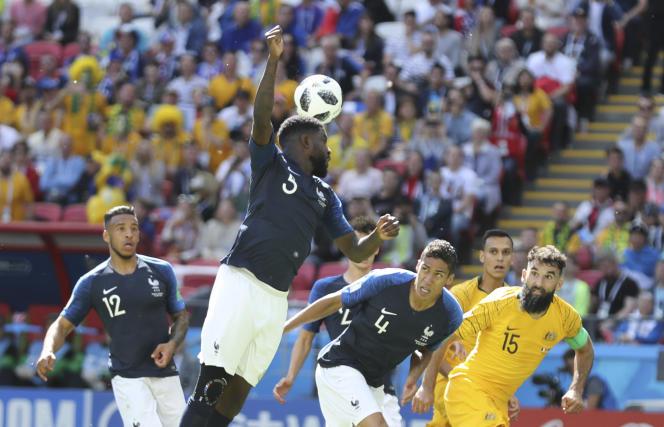 La main de Samuel Umtiti lors de France-Australie, le 16 juin.
