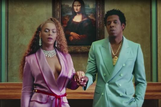 Beyoncé et Jay-Z devant la Joconde, dans le clip de« Apeshit».