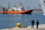 L'« Aquarius » à son entrée dans le port de Valence, le 17 juin.