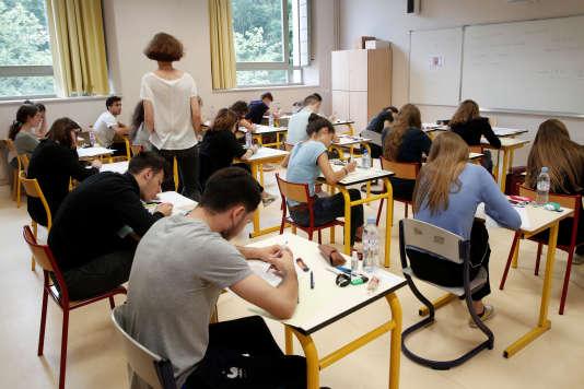 Epreuve du bac 2018 au Lycée La Bruyère de Versailles.
