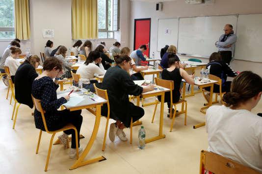 Epreuve du bac 2018 au lycée La Bruyere à Versailles.