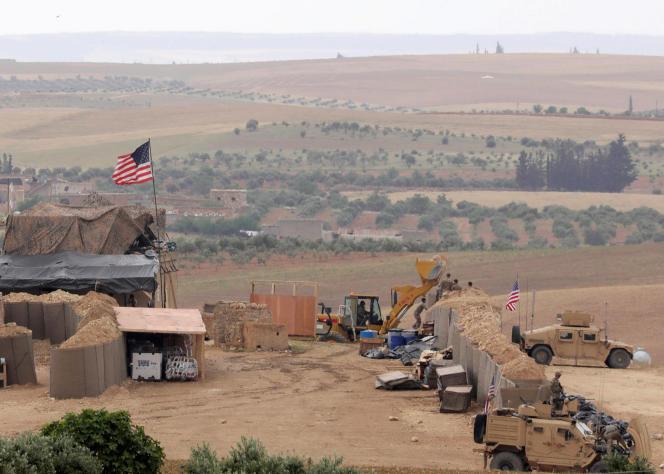 Base des forces américaines à Manbij, en Syrie, tout près de la frontière turque, le 8 mai.