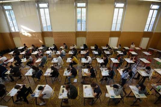 Epreuve du bac, le 18 juin, au lycée Pasteur de Strasbourg.