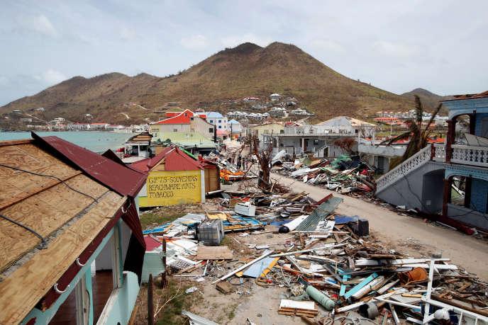 Sur l'île de Saint-Martin, après le passage de l'ouragan Irma, le 12 septembre 2017.