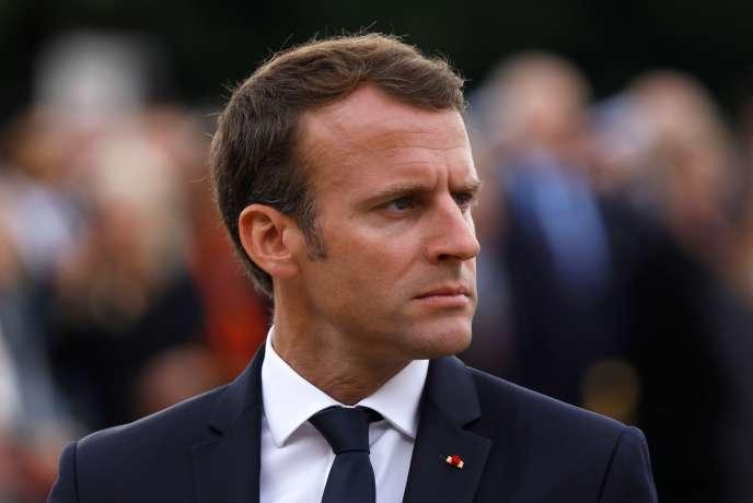 « La réforme du statut de l'entreprise, actuellement en débat autour de la loi Pacte, est la contrepartie obligée de l'instauration de la « flat tax » par le gouvernement» (Photo: Emmanuel Macron, le 18 juin, à Suresnes).